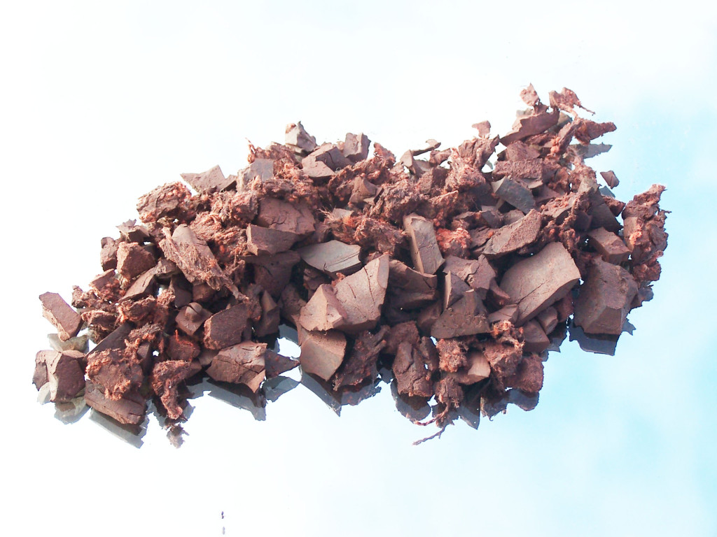 Rubber Bark Chips ~ Rubber play chippings bark for your garden